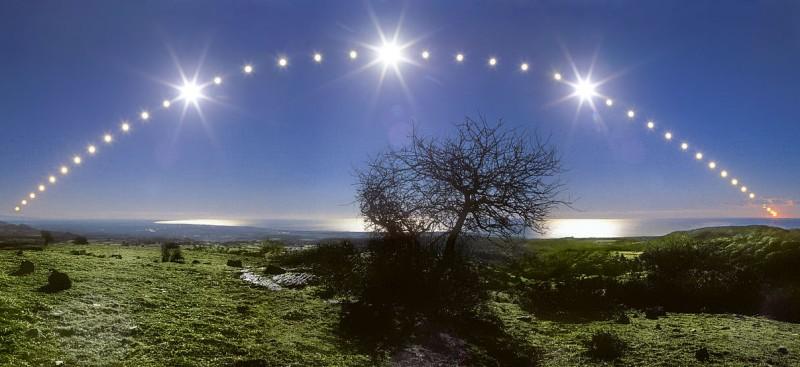 Tyrrhenian Sea and Solstice Sky Credit & Copyright: Danilo Pivato