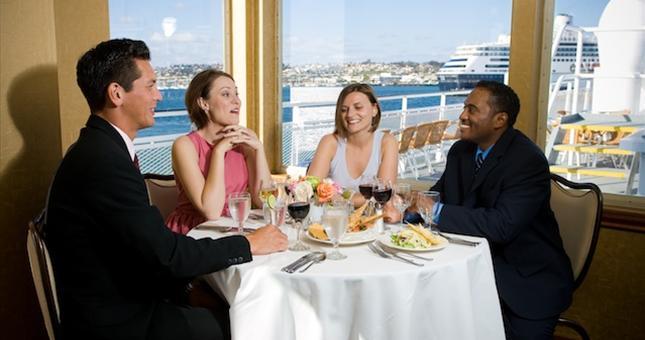 dinner cruise a San Diego January event
