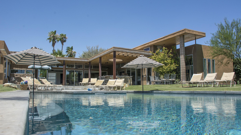 New Listing In Palm Springs 1125 E Granvia Valmonte